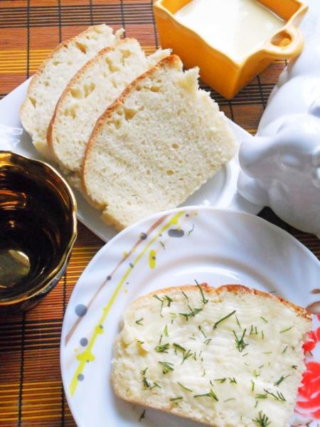 Білий домашній хліб. Рецепт з фото