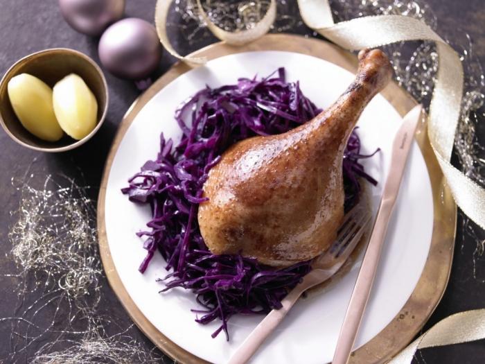 Різдвяний запечений в духовці гусак. Рецепт з фото