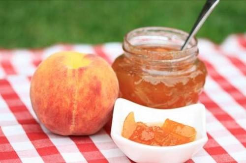Як приготувати персикове варення. Рецепти: пряне, класичне, за 5 хвилин і навіть з недозрілих персиків!