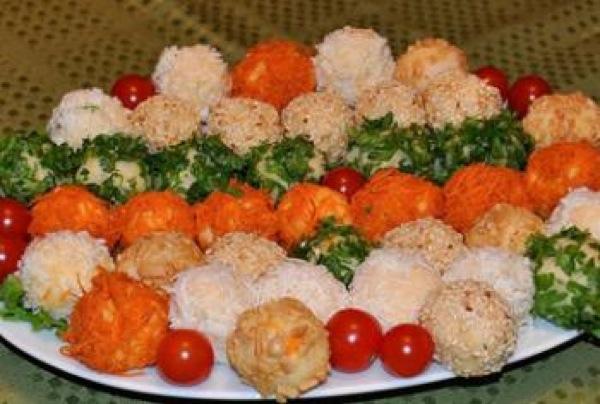Різнокольорові картопляні кульки. Святковий рецепт