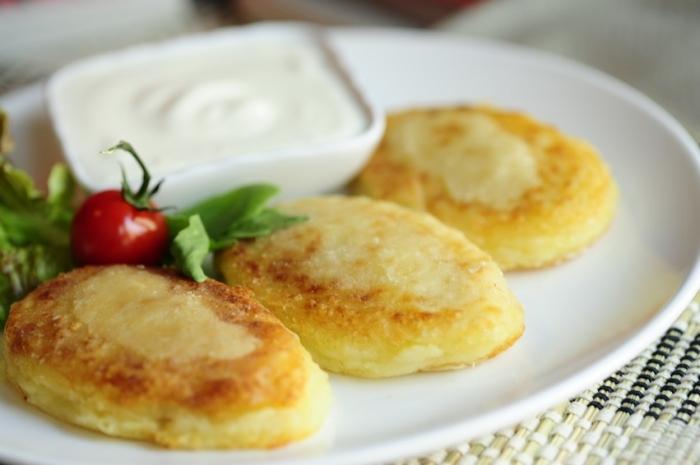 Картопляні зрази з яйцями і зеленим цибулею. Рецепт