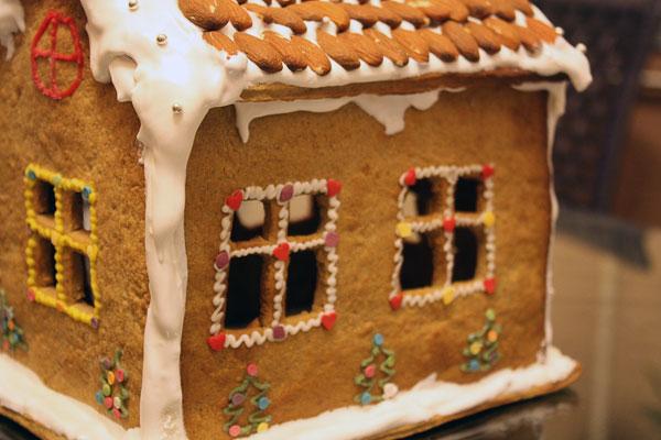Різдвяний будиночок з печива. Святкова випічка