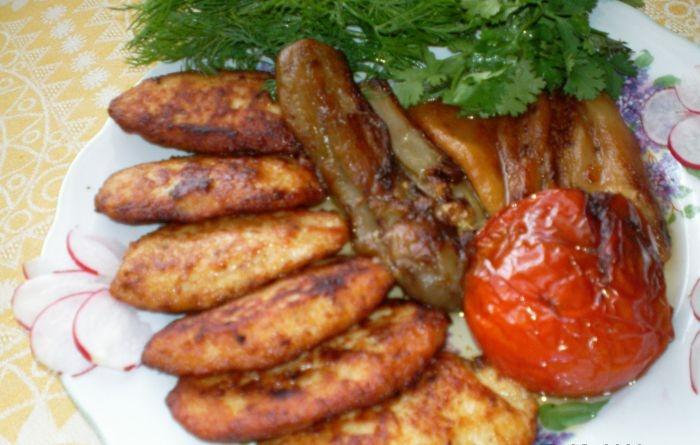 Смакота: Курячі котлетки з овочами. Покроковий рецепт з фото