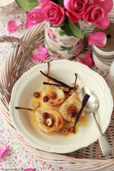 Ванільні груші в духовці. Рецепт
