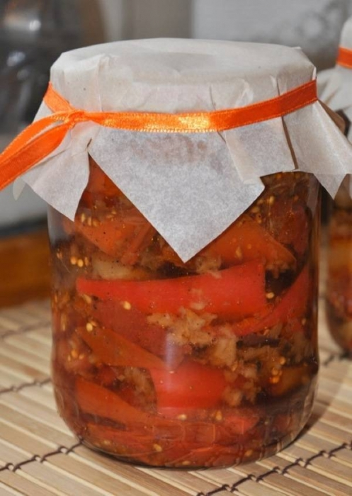 Баклажани з помідорами і перцем. Покроковий рецепт з фото