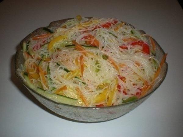 Фунчоза з овочами. Рецепт з фото