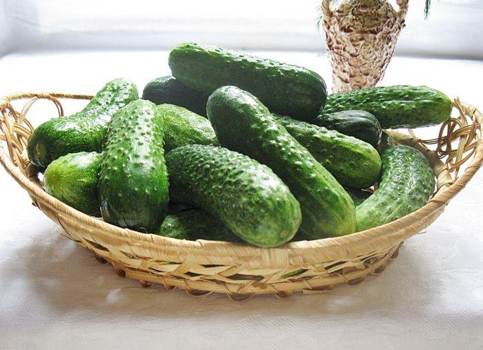 Закачування: Хрусткі огірки по-болгарськи на зиму. Покроковий рецепт з фото